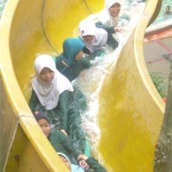 Siswa RA Adzkia Kids Kunjungi Museum Lampung
